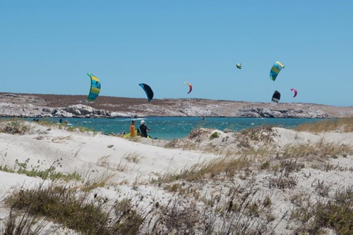 Kite on Beach | Kiteschool Windtown